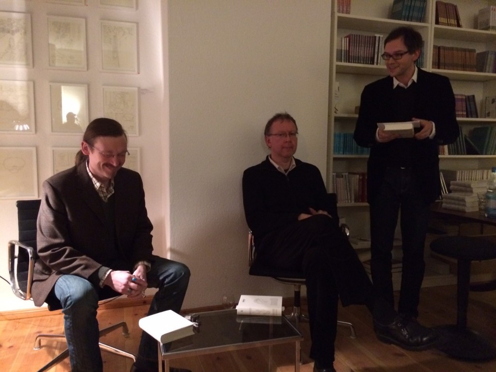 Christoph Peters, Matthias Beckmann und Andreas Rötzer bei der Buchvorstellung